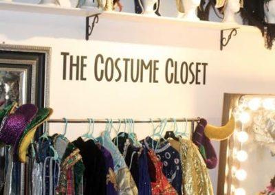 costumecloset2